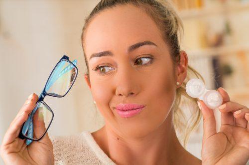 Przewaga soczewek nad okularami